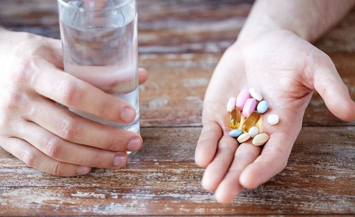 Thực phẩm 'đại kỵ' khi đang uống thuốc kháng sinh, chớ dại dùng kẻo độc vô cùng - Báo Tiền Phong