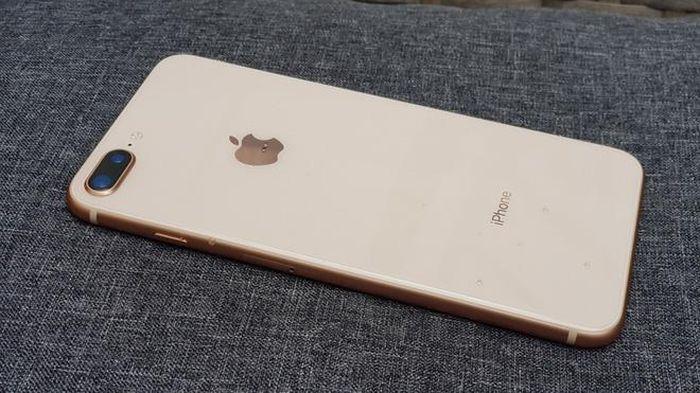 Hàng loạt điện thoại giảm 'sốc' nhân Black Friday, dàn iPhone bán rẻ 1,3 triệu đồng