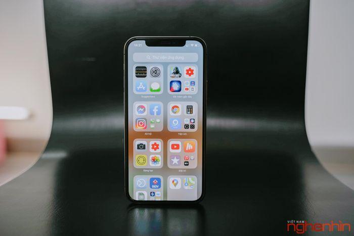 Đánh giá iPhone 12 Pro trước giờ mở bán chính hãng