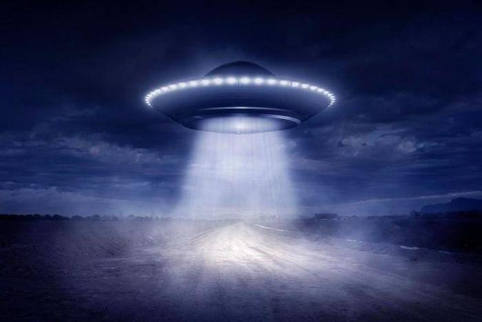 Thuyết âm mưu về người ngoài hành tinh ẩn náu ở Nam Cực - ảnh 9