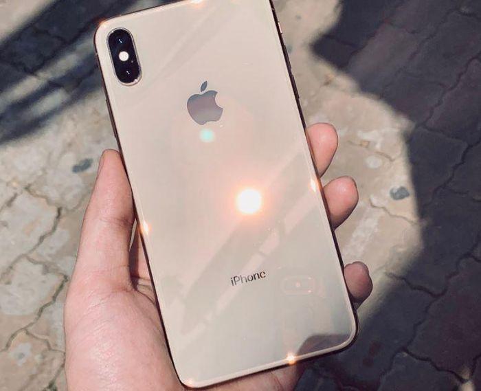Các sản phẩm iPhone cũ 'hạ giá nhẹ' sau khi iPhone 12 ra mắt