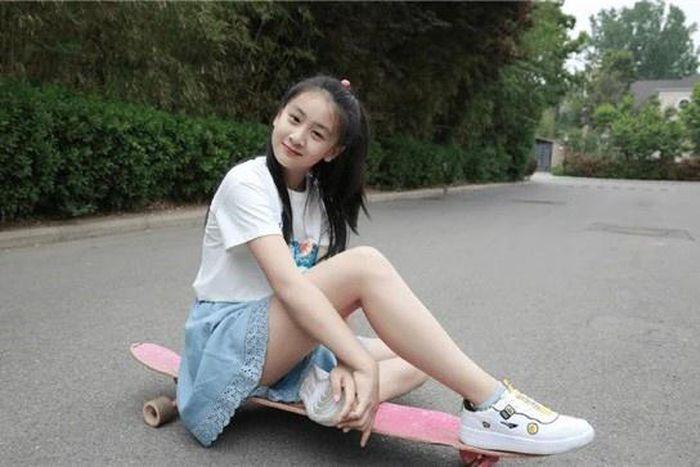 Con gái Yao Ming cao hơn 1.7m (5'7) dù mới 10 tuổi 7383055bd81831466809