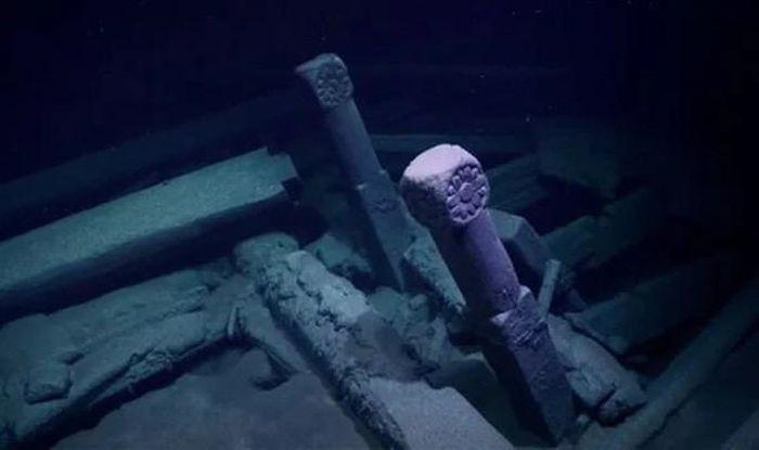 'Tàu ma' 300 tuổi hiện ra ở nơi sinh vật nào lạc tới đều phải chết