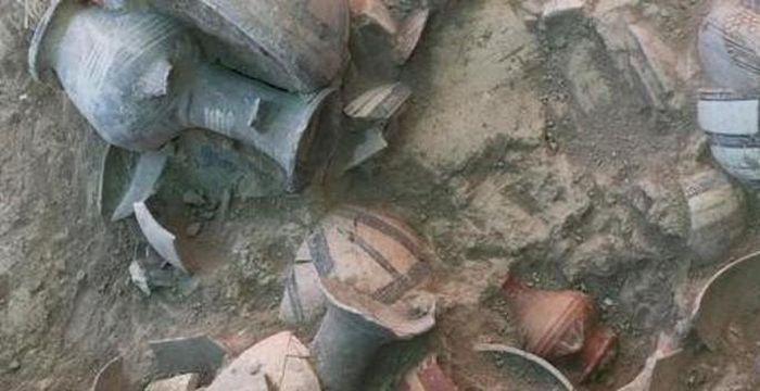 Kinh hoàng kho báu khổng lồ 3.500 tuổi nằm giữa 52 hài cốt - 3