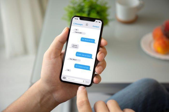 Một số dòng iPhone 11 và 12 đang gặp lỗi thông báo tin nhắn