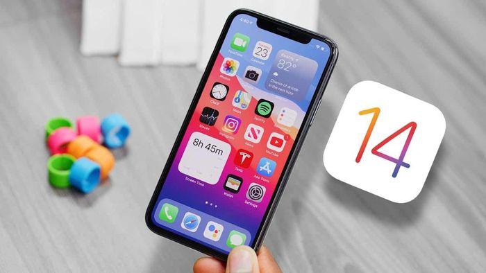 Người dùng iPhone nên cập nhật iOS nếu không muốn bị theo dõi