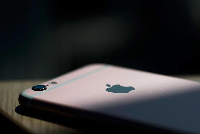 Người dùng iPhone nên cập nhật iOS mới nhất để tránh bị theo dõi, đánh cắp thông tin