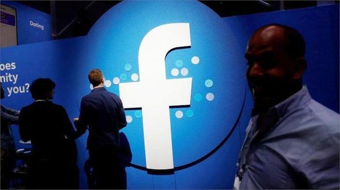 Cuộc cạnh tranh giữa báo chí với Google và Facebook