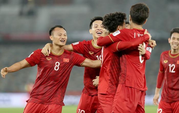 AFF Cup 2021 lùi lịch, tuyển Việt Nam xoay xở ra sao?