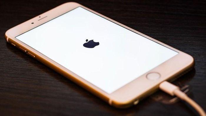 Mẹo hay sạc pin iPhone nhanh, tốn ít thời gian nhất
