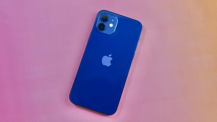 Nhiều điện thoại sẽ cạnh tranh với iPhone và Samsung trong năm 2021