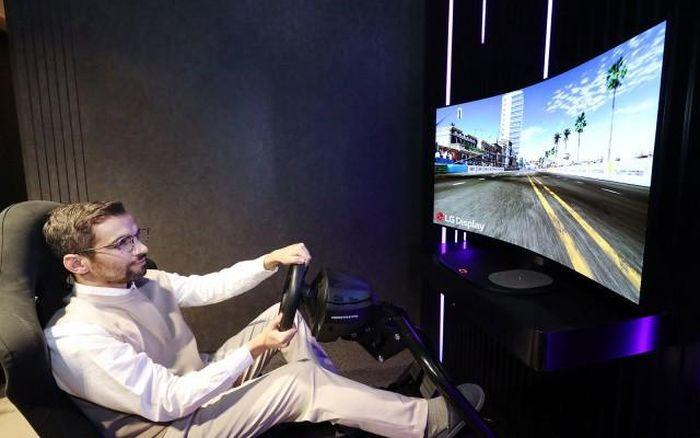 LG sẽ giới thiệu màn hình chơi game OLED phẳng biến thành cong tại CES 2021