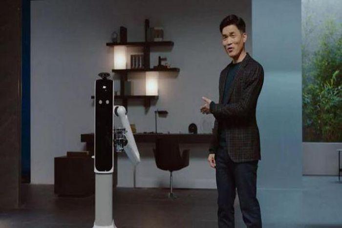 Samsung giới thiệu robot AI quản gia