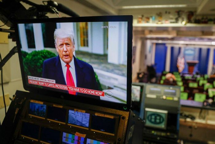 YouTube lại cấm ông Trump đăng video dù đã mãn nhiệm