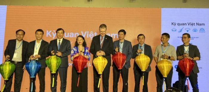 Sơn Đoòng nổi bật trong kỳ quan Việt Nam trên Google Arts & Culture