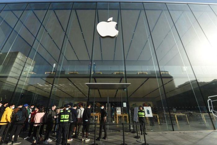 Apple công bố doanh thu kỷ lục từ khi thành lập, 111,4 tỷ USD/quý