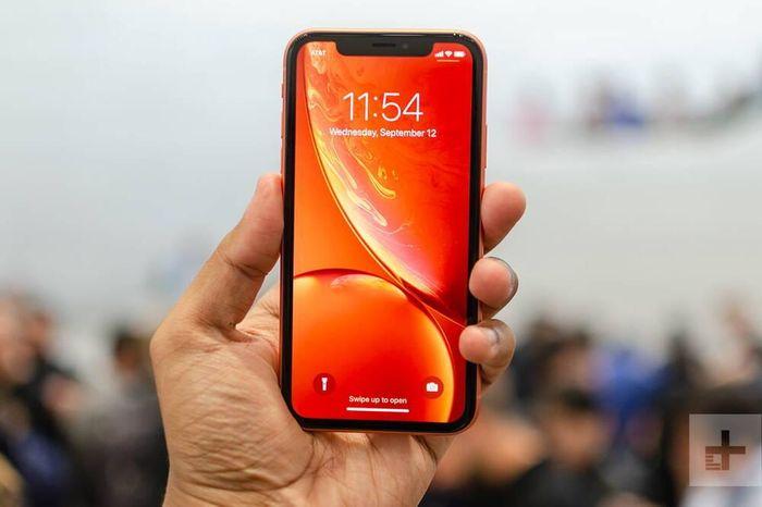 Lộ thông tin bất ngờ khiến nhiều người 'sướng rơn' về chiếc iPhone giá rẻ mới của Apple