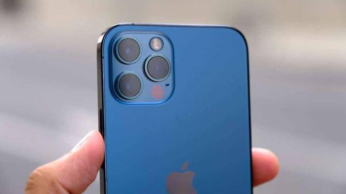 Tin vui về iPhone 13 khiến nhiều người không còn mặn mà với iPhone 12