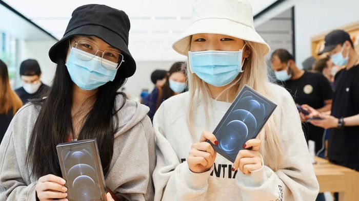 Loạt iPhone đồng loạt giảm giá không phanh tại Việt Nam dịp cận Tết
