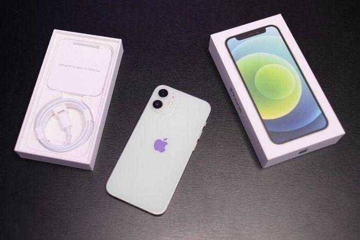 Lí do khiến Apple sẽ dừng sản xuất Iphone 12 mini