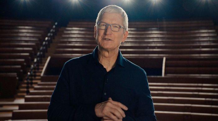 Tim Cook: 'Apple đã chuẩn bị thứ lớn lao hơn cả iPhone'