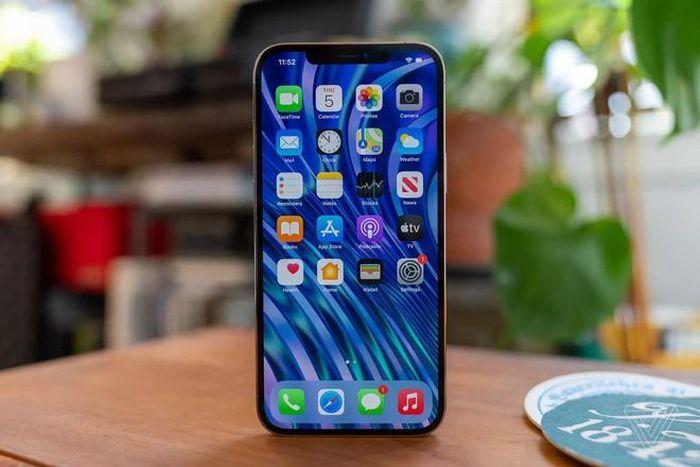 Xin lỗi, iPhone 12 Pro Max khá tốt nhưng rất tiếc, mình sẽ chờ iPhone 2021 vì những lý do này