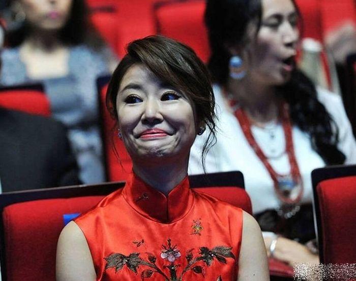 Không qua tay photoshop, nhan sắc thật của Mỹ Nhân Trung - Việt như thế nào?