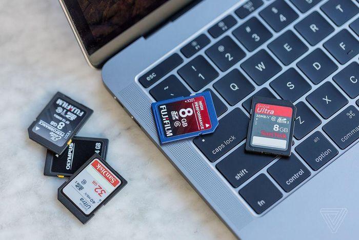Có khả năng đầu đọc thẻ SD, cổng HDMI sẽ trở lại MacBook Pro 2021