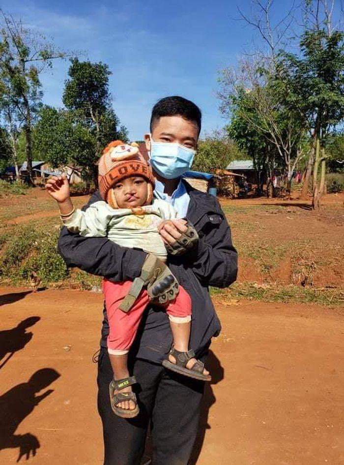Vượt khó vươn lên - chàng trai Thanh Hóa muốn trở thành một hướng dẫn viên quốc tế giỏi