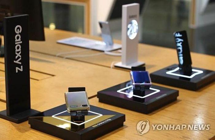 Samsung vẫn dẫn đầu thị trường điện thoại thông minh ở nhiều khu vực