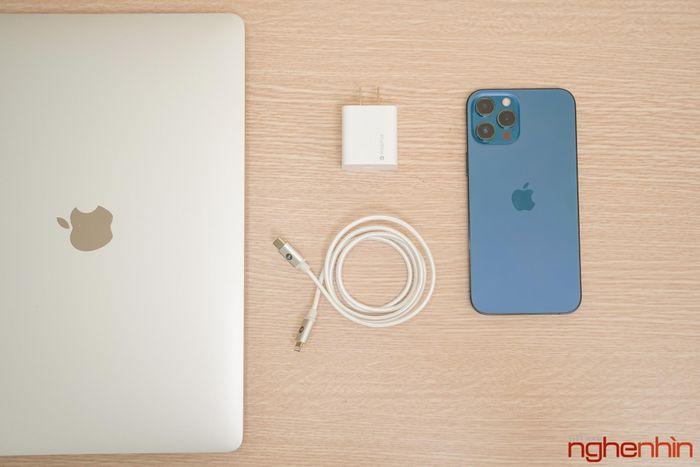 Trên tay combo sạc nhanh Mophie 20W: phụ kiện nên có cho iPhone 12