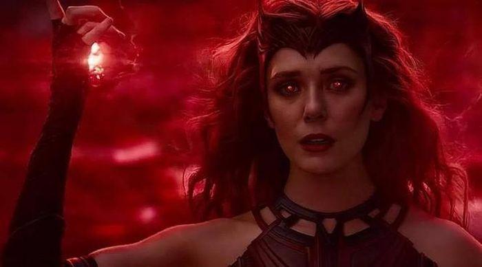 'WandaVision' tập cuối: Đại chiến tại thị trấn Westview, 'Scarlet Witch' chính thức ra đời
