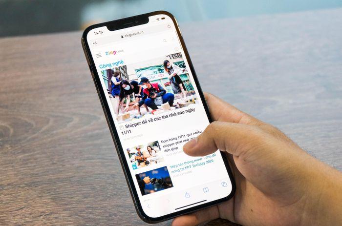 iPhone 12 Pro Max và loạt sản phẩm công nghệ giảm giá dịp 8/3