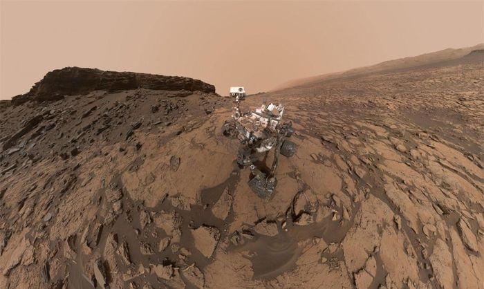 Những hình ảnh ấn tượng 'có một không hai' trên sao Hỏa