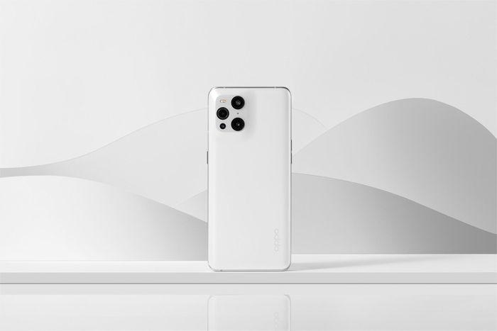 Mặt lưng của OPPO Find X3 Pro là 'kiệt tác' chưa hãng nào làm được