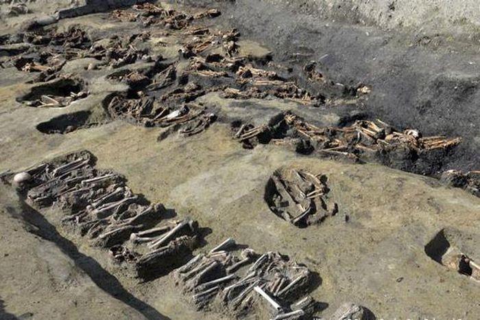 Sự thật về ngôi mộ tập thể có 1.500 bộ hài cốt