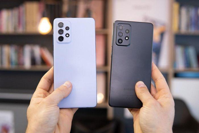 Galaxy A52 và Galaxy A72 giống nhau quá, thế chọn máy nào?