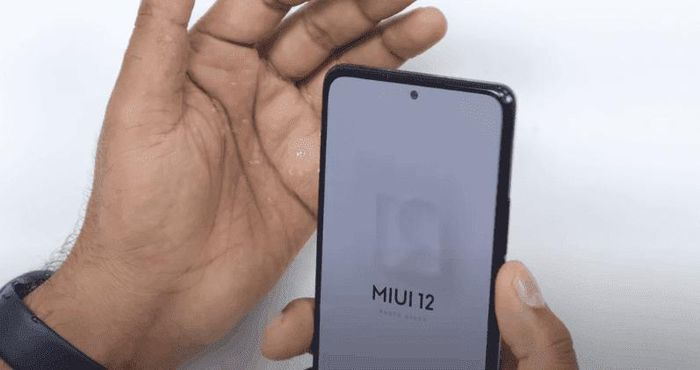 Thử độ bền Redmi Note 10 Pro