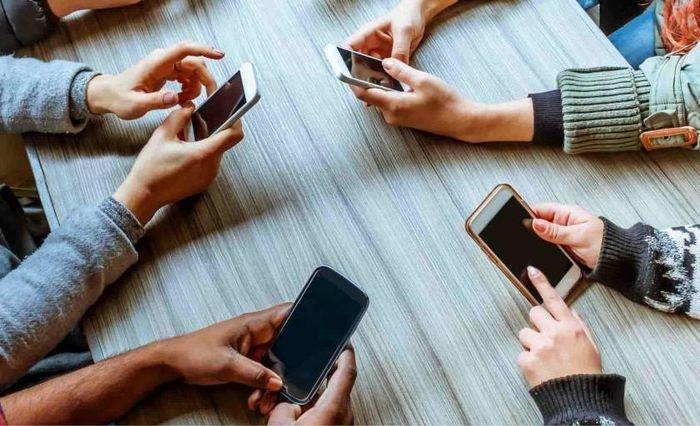 Thử thách 'cai' smartphone trong 24 tiếng để lấy tiền mặt