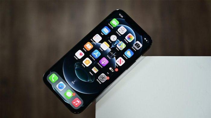 IPhone 12 thua xa các đối thủ Android về tốc độ 5G