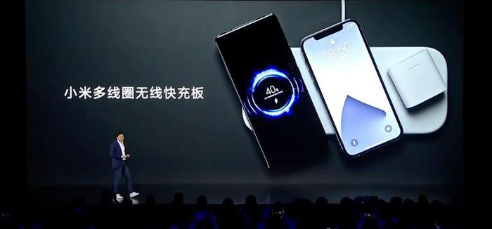 Xiaomi ra mắt đế sạc không dây 60W cho 3 thiết bị cùng lúc, giá 90 USD