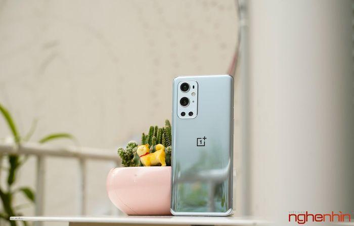 Khui hộp OnePlus 9 Pro tại Việt Nam: camera Hasselblad, sạc nhanh 65W, giá xách tay 22 triệu