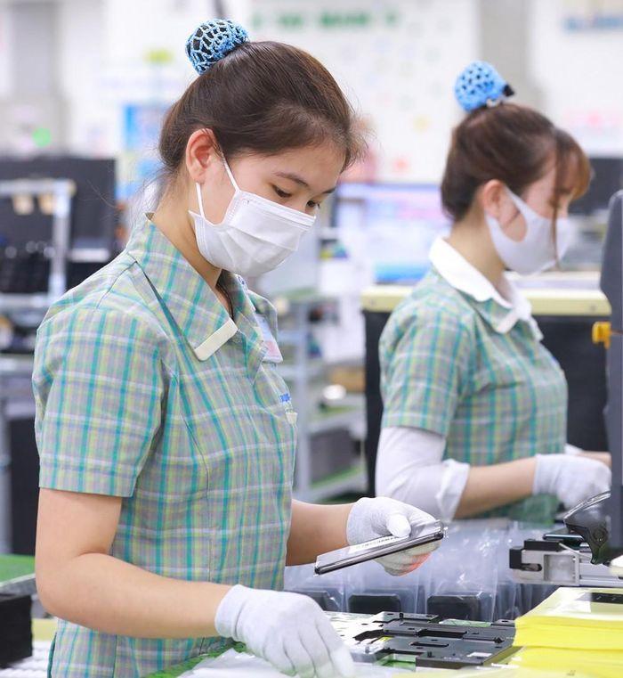 Từ nước nông nghiệp thành trung tâm sản xuất hàng điện và 3 điểm mạnh vượt trội của Việt Nam