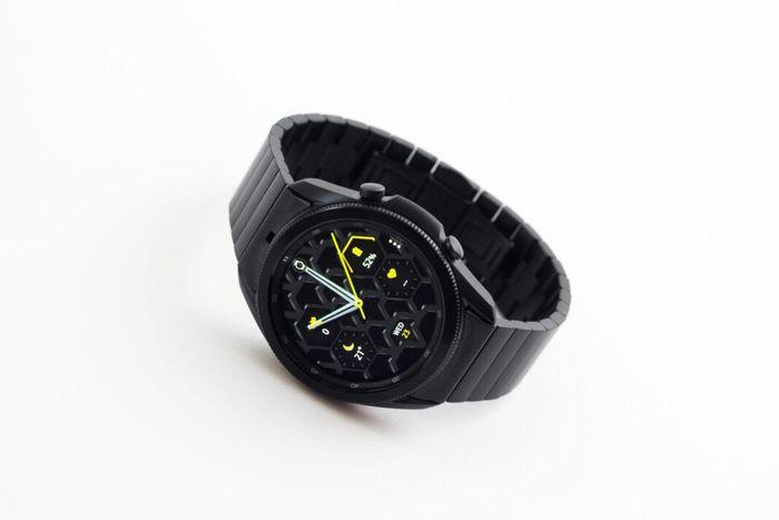 Samsung Galaxy Watch 4 series sẽ có hai kích thước và hai biến thể