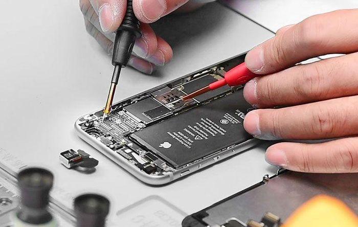 Cửa hàng nhỏ ở Việt Nam sẽ được sửa chữa iPhone chính hãng
