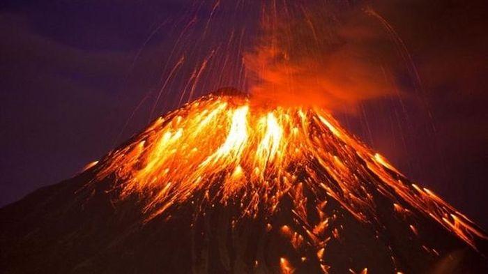 Hậu quả khủng khiếp của vụ phun trào núi lửa cách đây 75.000 năm