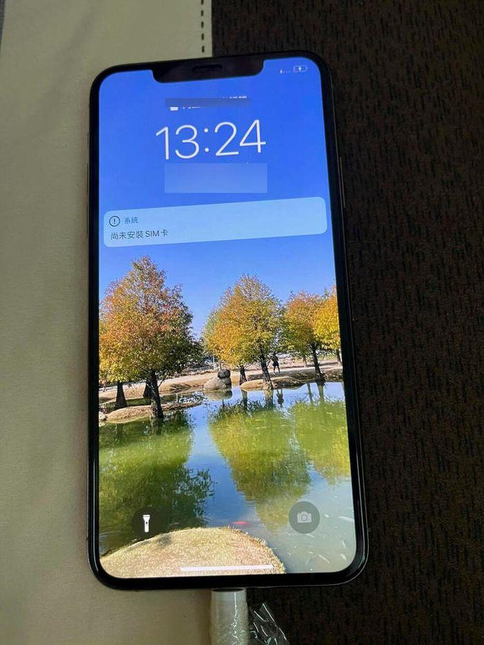 IPhone 11 Pro Max rơi xuống đáy hồ suốt 1 năm và cái kết khó tin nhưng có thật