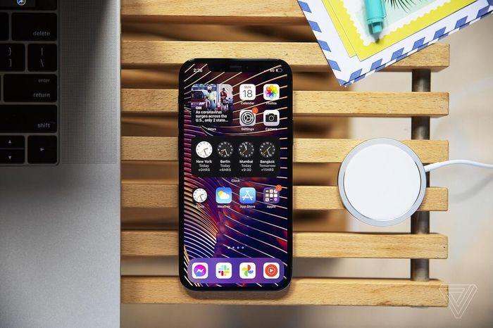 IPhone 12 giúp Apple làm được điều chưa từng có trong lịch sử