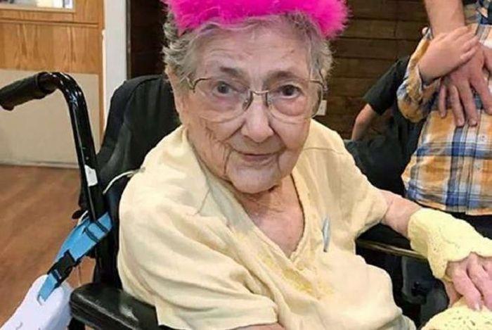 Cụ bà sống 99 năm với nội tạng đảo ngược, gây sốc khi hiến xác cho y học