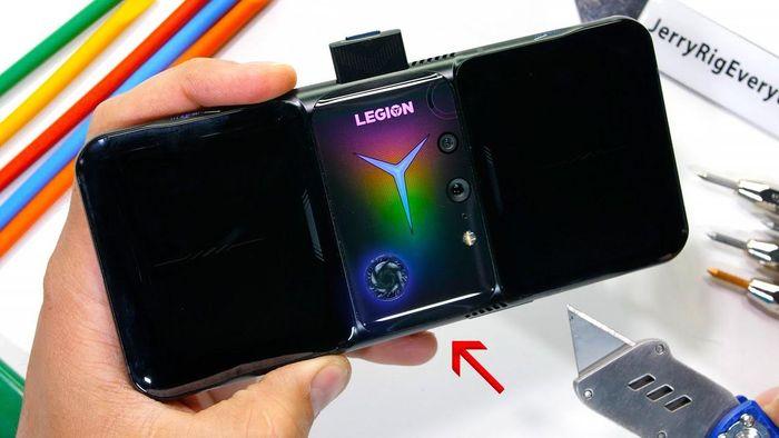 Lenovo Legion Duel 2 vừa ra mắt không vượt qua bài thử độ bền
